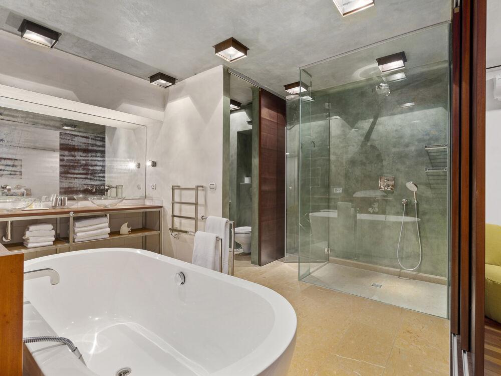 Villa_Rotana_ 247_Concierge_4