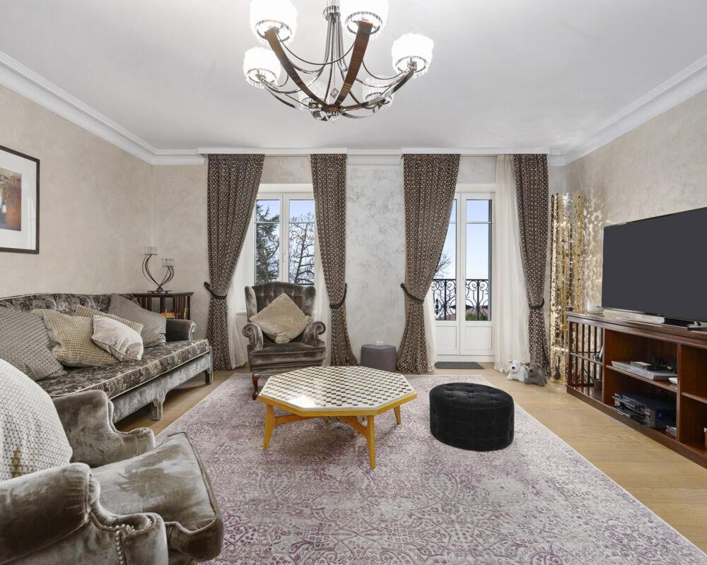 247 CONCIERGE GRAN RUE 3 BEDROOM DELUXE