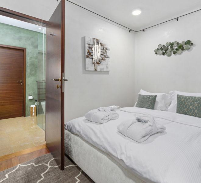 Villa_Rotana_ 247_Concierge_7