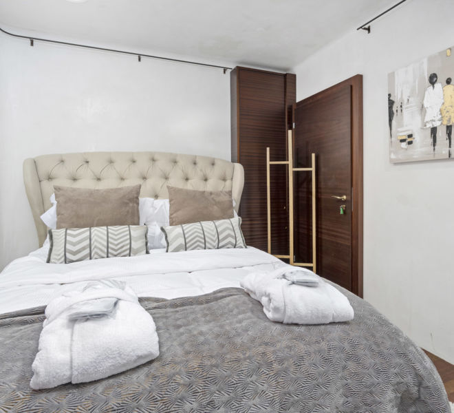 Villa_Rotana_ 247_Concierge_8