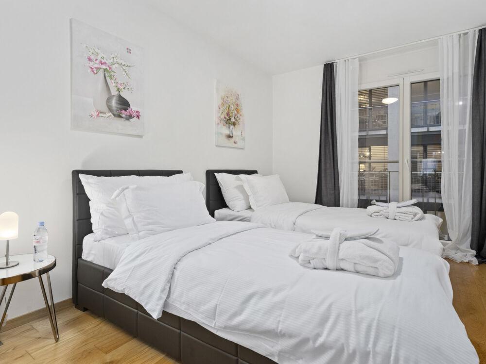 Montreux_LUX_Apartments_247_Concierge_7